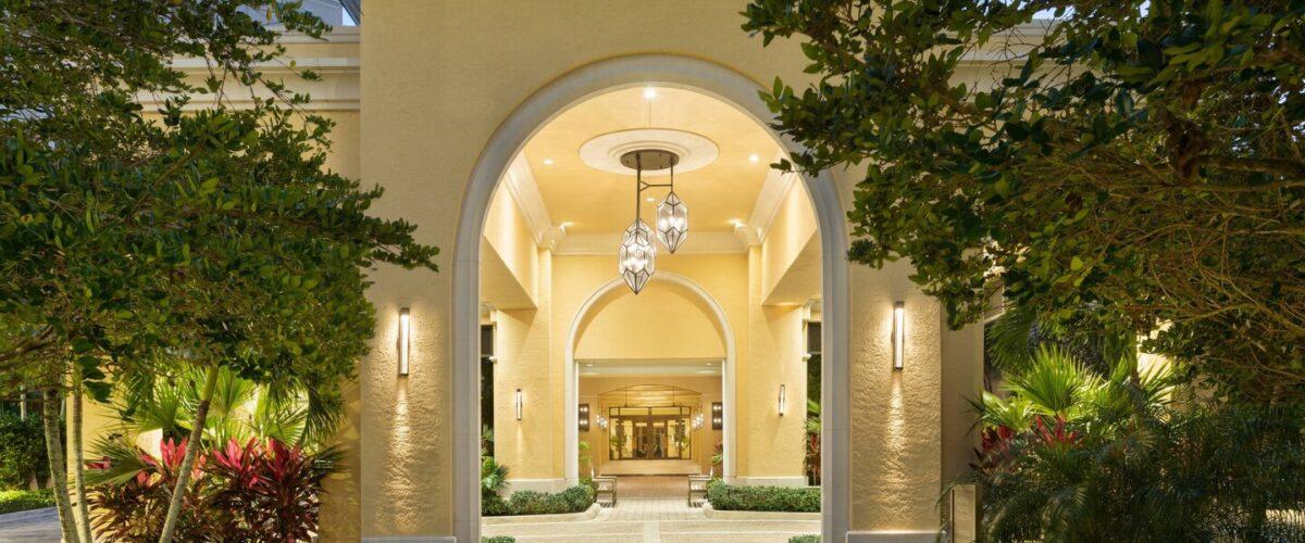 miajt-resort-entrance-6410-hor-wide